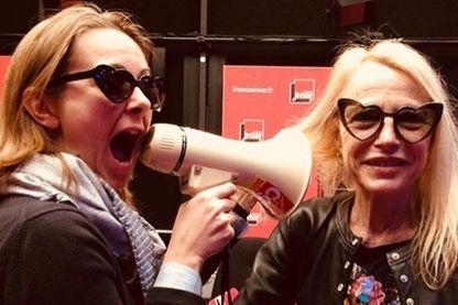 Charline Vanhoenacker et Laure Adler en pleine préparation de leur AG !