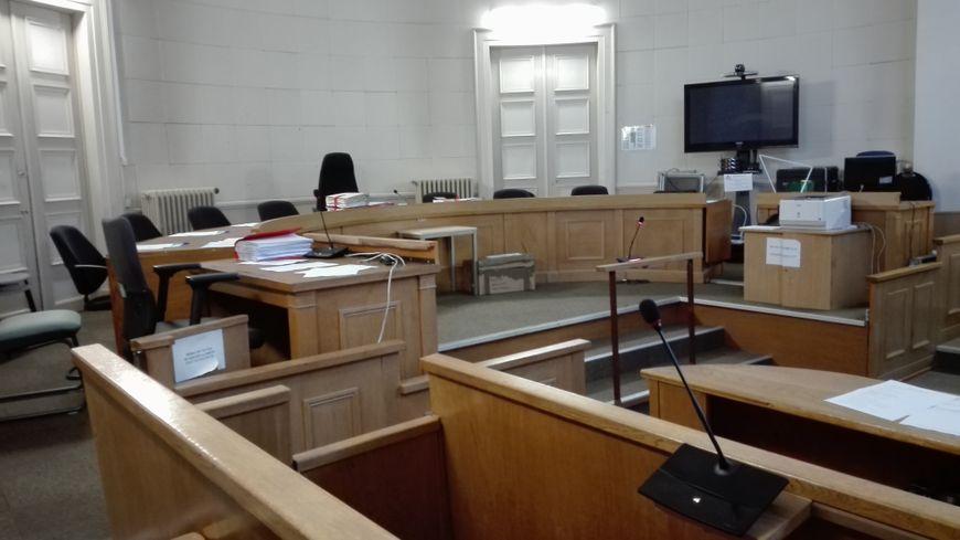 2e jour du procès de la mort de Nino devant la cour d'Assises des Deux-Sèvres