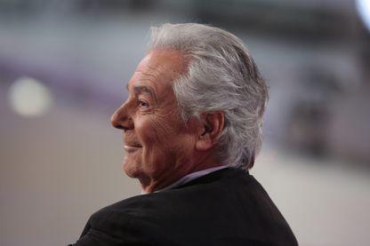 """Pierre Arditi en 2015 lors de l'enregistrement de l'émission """"Vivement Dimanche"""" sur France 2"""