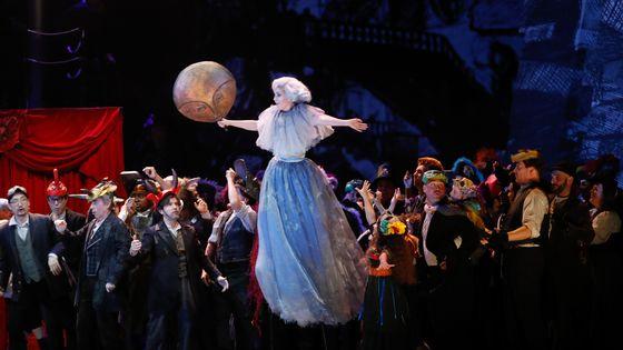 Une répétition de Benvenuto Cellini de Berlioz mis en scène par Terry Gilliam, à voir du 17 mars au 14 avril à Bastille