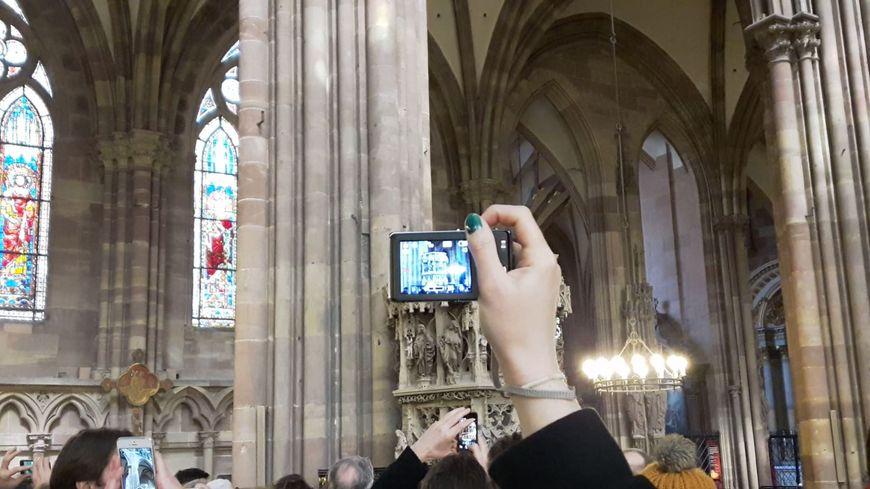 Le rayon vert est devenu une attraction de la cathédrale de Strasbourg.