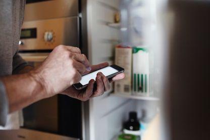 Des applications existent avec des conseils concrets pour éviter de gaspiller la nourriture