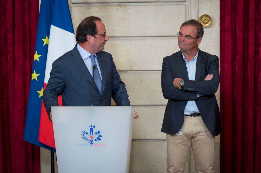 Bernard Hinault a reçu le soutien de François Hollande. L'ancien Président de la République sera le parrain du Blaireau.