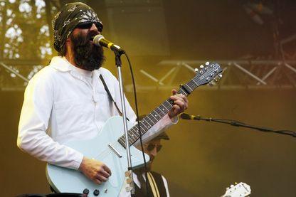 Mark Oliver Everett, du groupe Eels, sur scène lors d'un concert à Rock en Seine