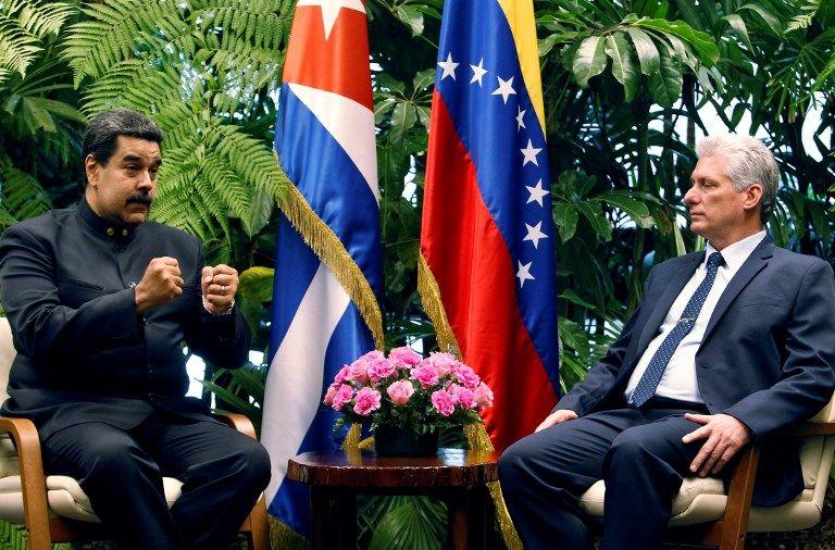 Les présidents vénézuélien Nicolas Maduro et cubain Miguel Diaz Canel sesont rencontrés samedi au plalais de la Révolution à La Havane, pour resserrer les liens entre leurs deux pays