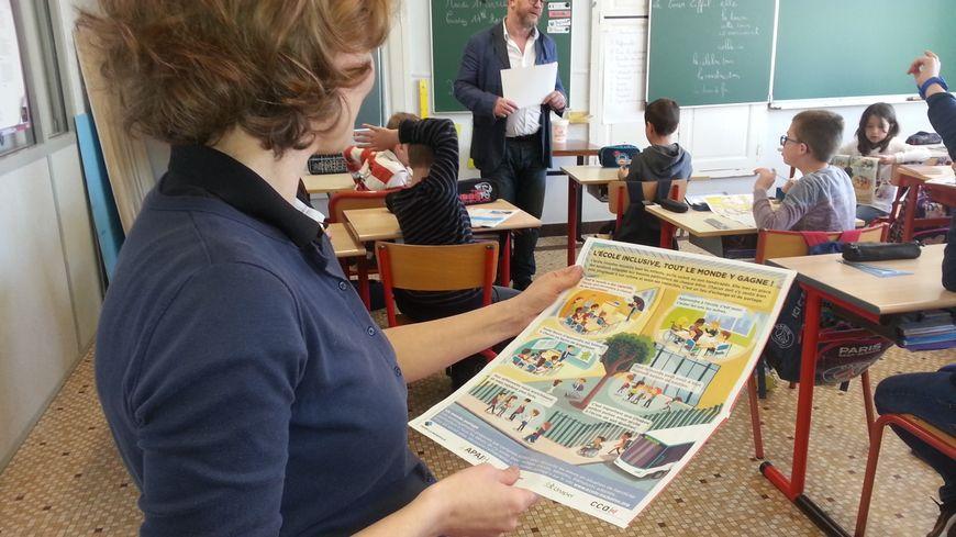 L'APAJH a édité un guide consacré à l'école inclusive