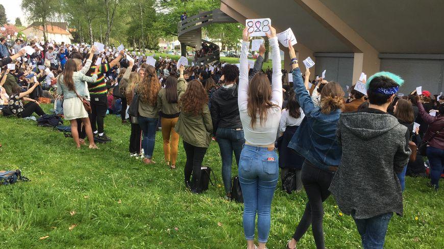 Plus de 600 étudiants étaient réunis en assemblée générale à Limoges.