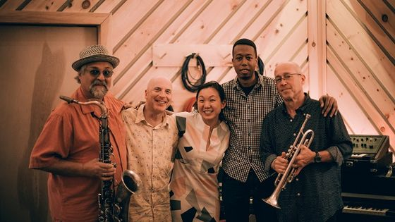 Sound Prints - Joe Lovano, Lawrence Fields, Joey Baron, Linda May Han Oh, Dave Douglas