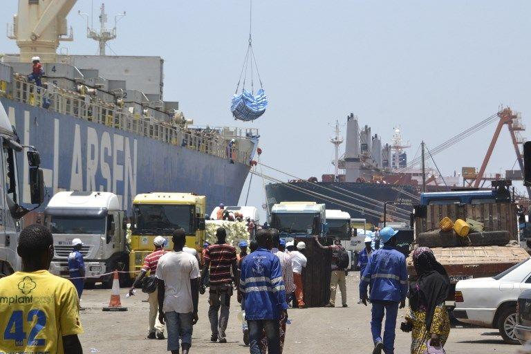 La justice soupçonne le groupe Bolloré d'avoir facilité l'arrivé au pouvoir de dirigeants africains en échange de concessions portuaires, notamment celle du Port Autonome de Conakry