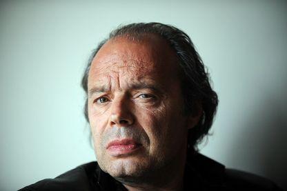 Le romancier français Philippe Djian à Los Angeles, Californie, le 15 mai 2010.