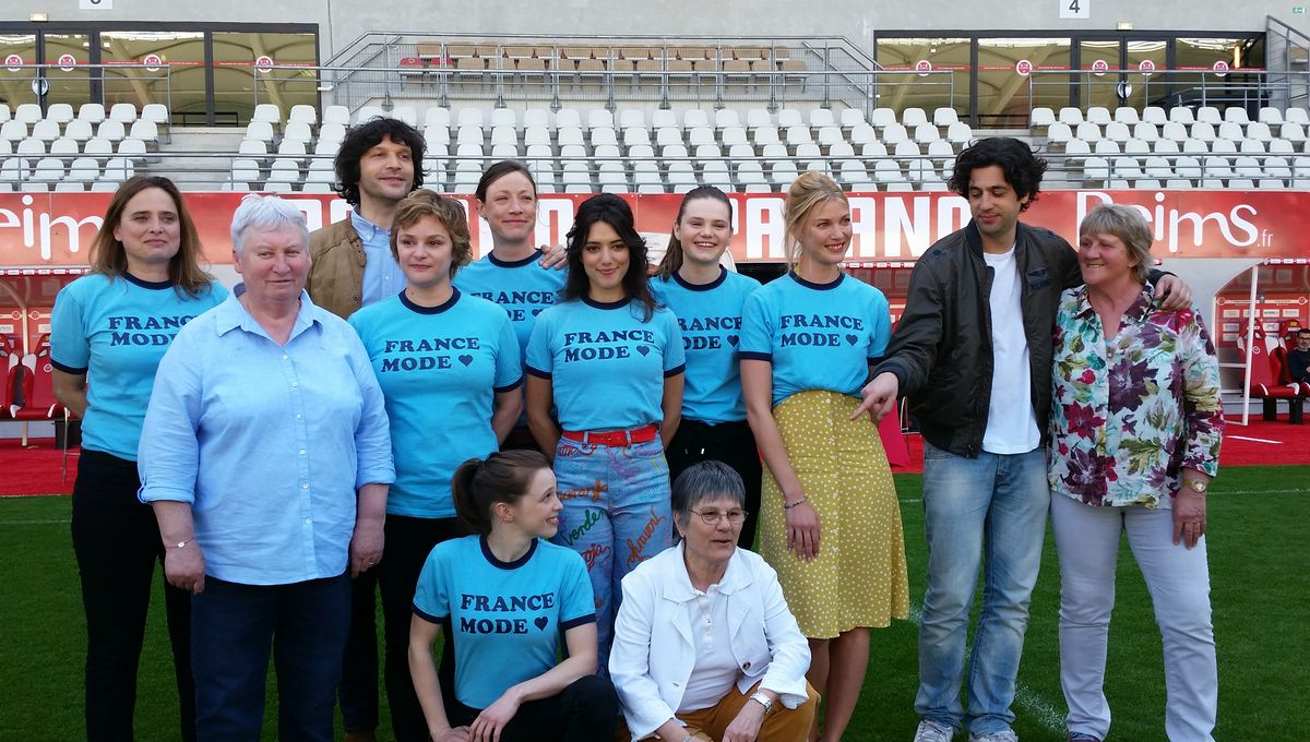 L Aventure Des Pionnieres Du Football Feminin A Reims Sur Grand