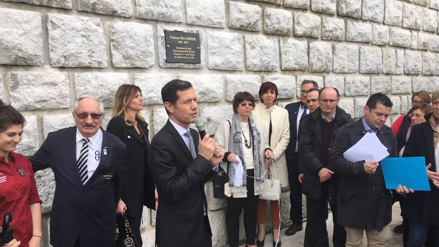 Inauguration de la tribune Elie Cester, ce samedi, au stade Pompidou de Valence dans la Drôme.