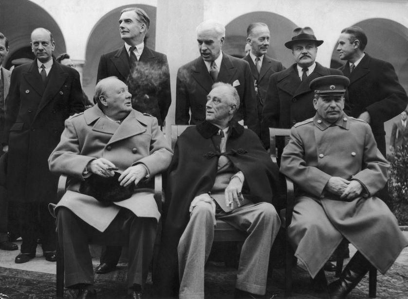 Le 8 février 1945: Winston Churchill, Franklin Delano Roosevelt et Joseph Staline à Yalta.