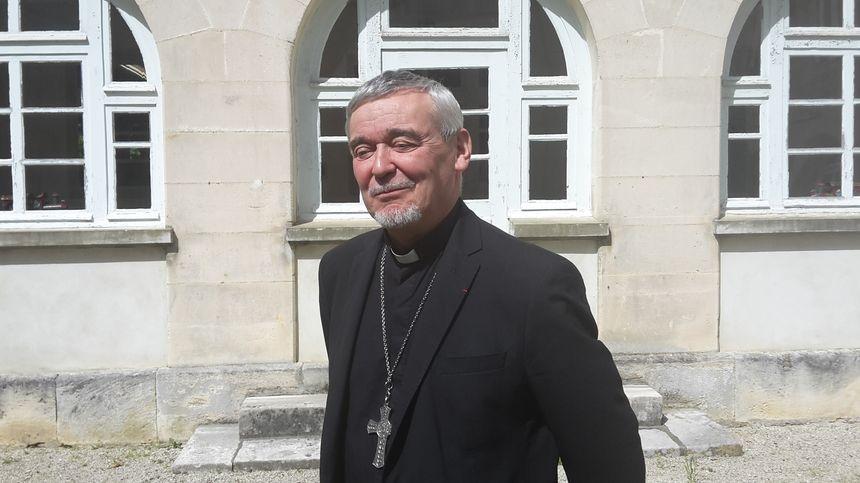 Georges Colomb évêque de La Rochelle et de Saintes