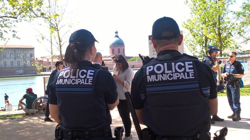Selon la mairie, 3 fois sur 4, le rappel à l'ordre dissuade l'auteur de l'incivilité, sans avoir besoin de faire appel à une patrouille.