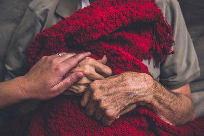 Comment aider les malades atteints de la maladie de Parkinson ?