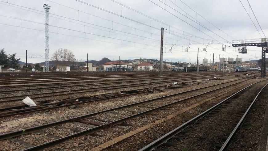 La gare de Saint-Étienne Châteaucreux sera bien vide pendant la grève