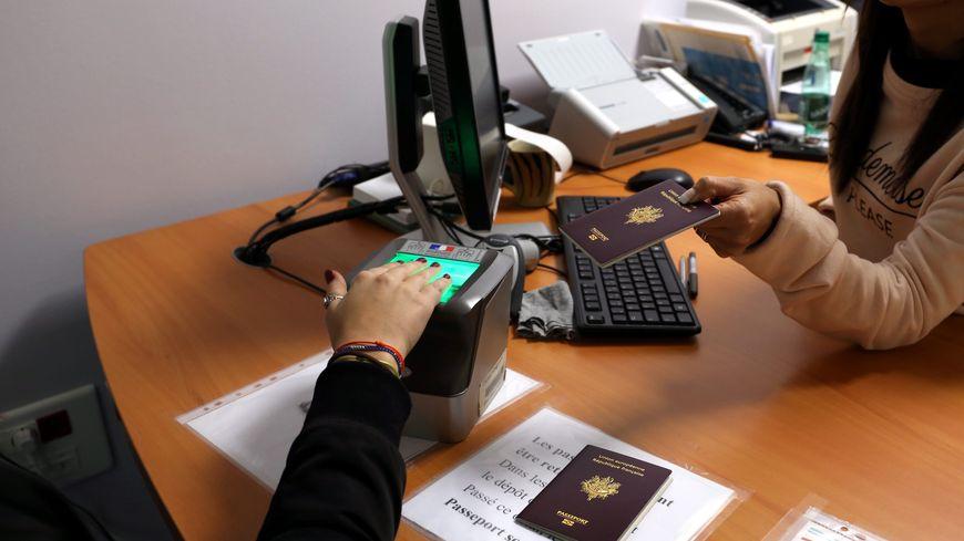Il Faut Maintenant Plus De Trois Mois Pour Faire Un Passeport Ou Une