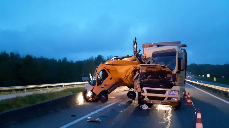 Le véhicule de la Dirco a été traîné sur plusieurs dizaines de mètres