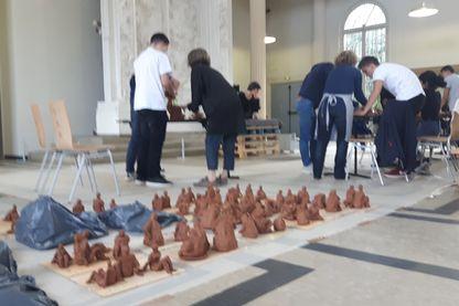 Les eleves bac pro boulanger pâtissier dans la salle des plâtres du musée Rodin à Meudon
