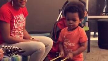 Lennox, bébé batteur surdoué