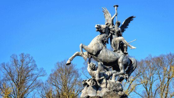 Vue du château Herrenchiemsee, véritable Versailles bavarois où séjourna Louis II de Bavière...