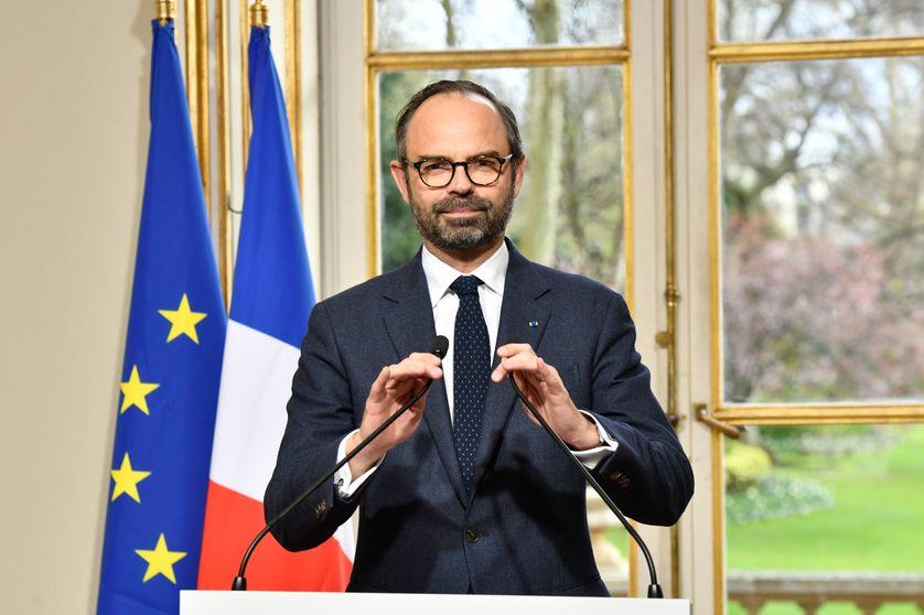 Edouard Philippe présente la réforme des  institutions depuis Matignon (04/04/18)