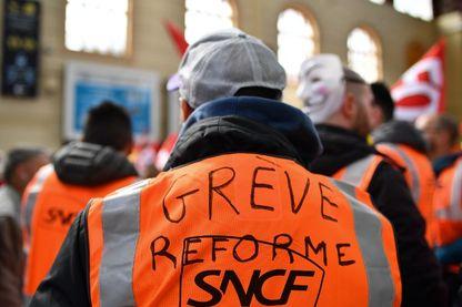 le 4 avril 2018, le deuxième jour de trois mois de grèves ferroviaires à la gare de Saint-Charles, à Marseille