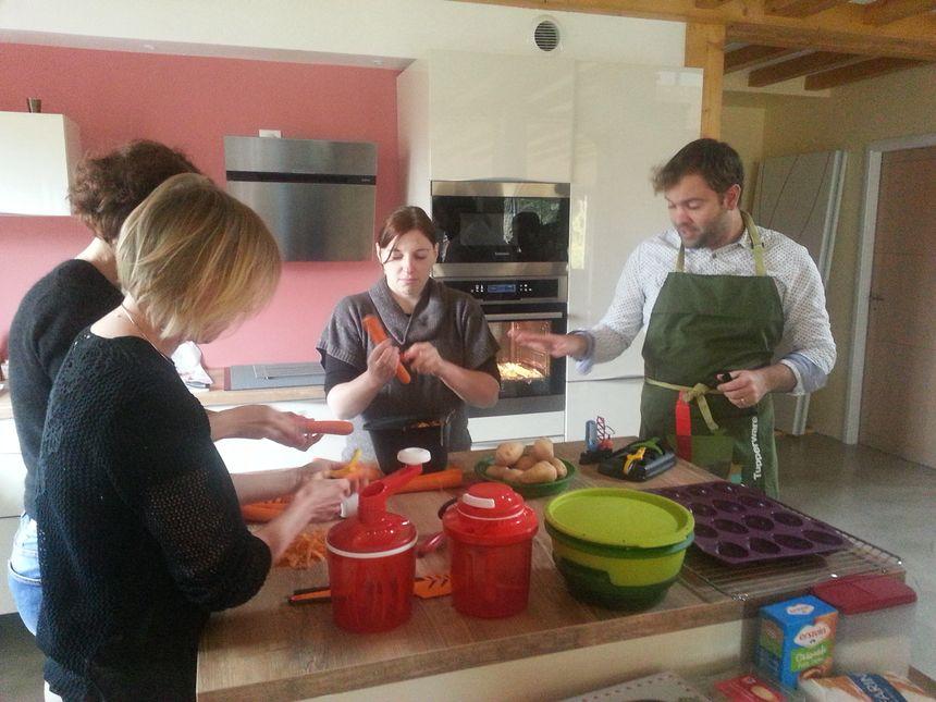 """Atelier culinaire Tupperware: Aurélien Bulle et ses """"invitées"""""""