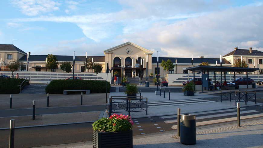 La gare SNCF de Laval. - Photo François Goglins- Licence CC paternité partage à l'identique