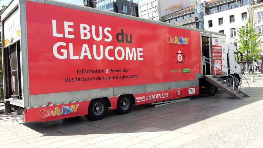 Clermont Ferrand Faites Vous Dépister Gratuitement à Bord Du Bus