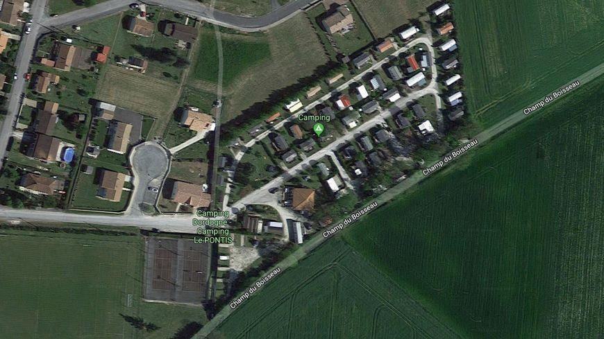 Le camping municipal est situé non loin du bourg.
