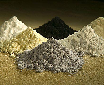 Les terres rares désignent 17 métaux : le scandium, l'yttrium, et les quinze lanthanides.