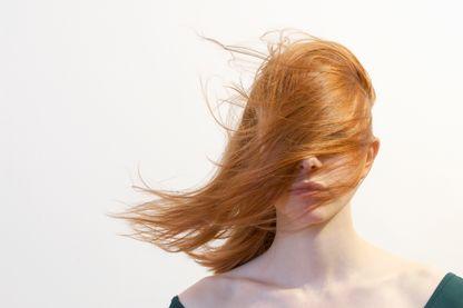 Combien de couleurs de cheveux existe-t-il ? Qu'est-ce qui nous donne telle ou telle couleur des cheveux ?