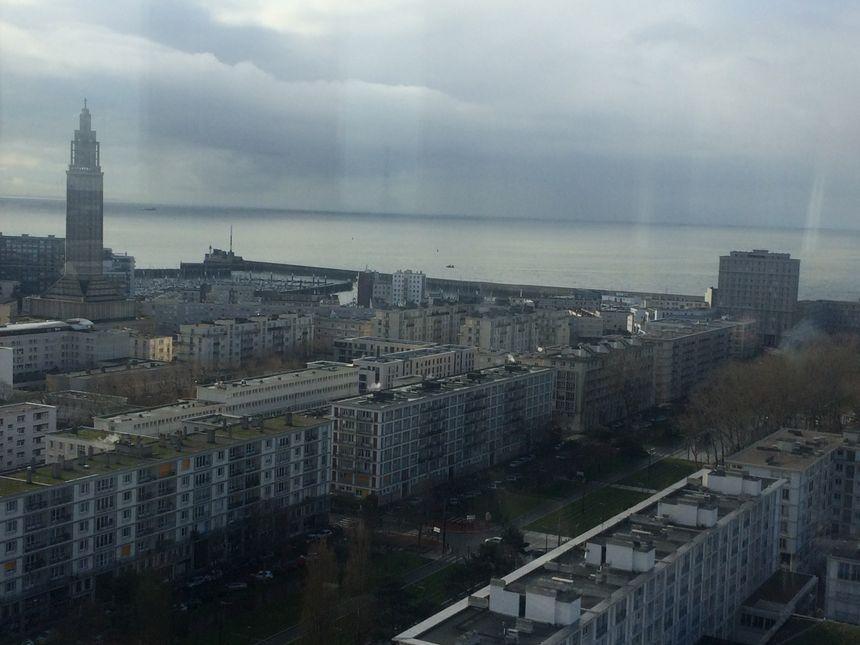 La vue depuis le 17ème étage de  l'Hôtel de ville du Havre