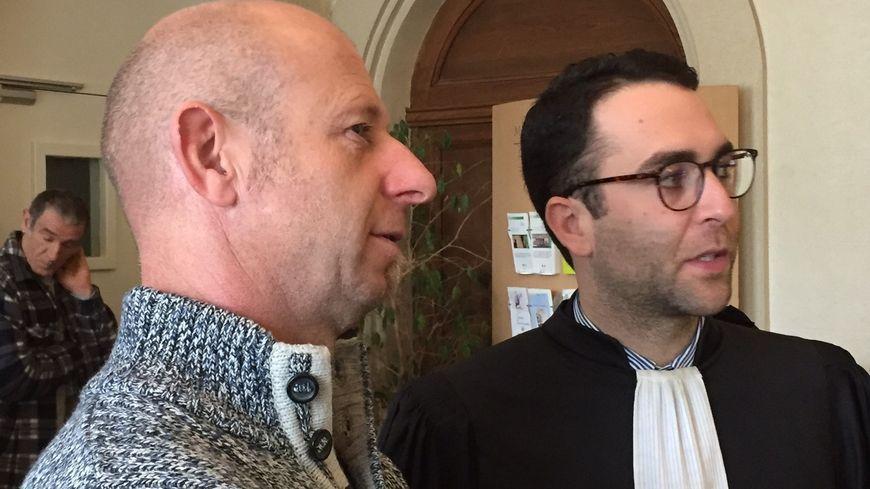 Eric Oden et l'un de ses conseils, Maitre Jean-François Dubois