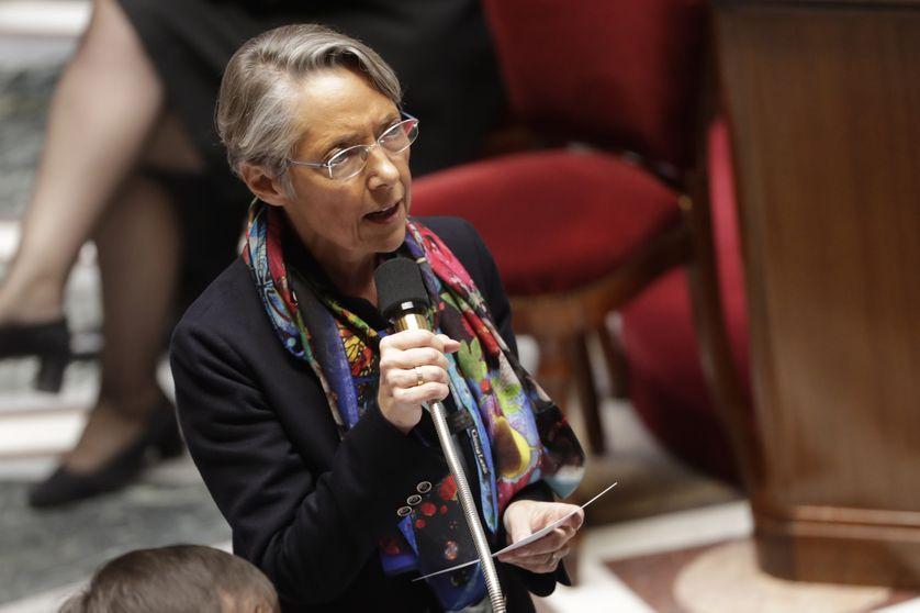 La ministre des Transports, Elisabeth Borne, lors des questions au gouvernement, à l'Assemblée nationale