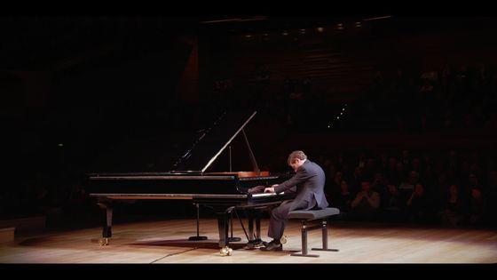 Le pianiste Boris Giltburg joue Rachmaninov, Chostakovitch, Medtner, Scriabine et Stravinsky