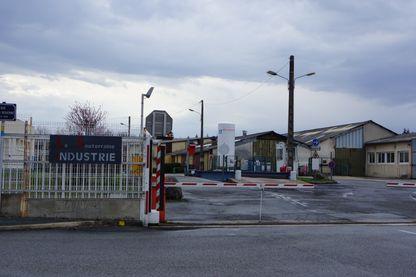 L'entrée de l'usine, anciennement GM&S, aujourd'hui LSI (La Souterraine Industrie)