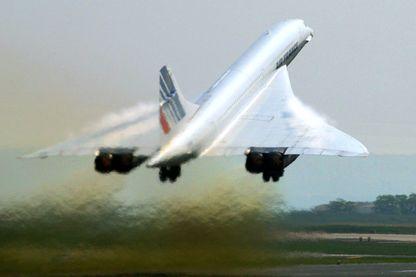 Le concorde au décollage