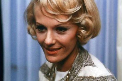 """Delphine Seyrig en 1967 dans """"Baisers volés"""" de François Truffaut"""