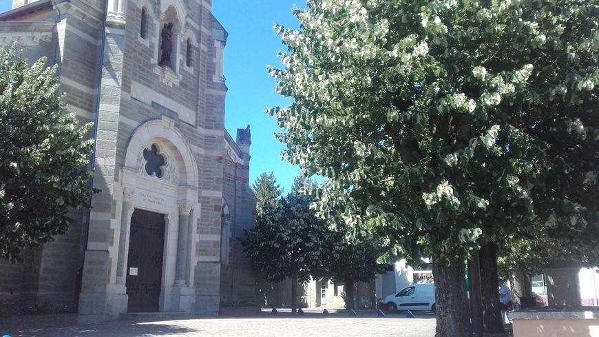 Le curé accusé a été en poste de 1975 à 1985 dans la paroisse de la Talaudière.