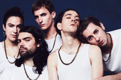 Le collectif Bagarre sort son premier album, 'Club 12345', sur le label Entreprise