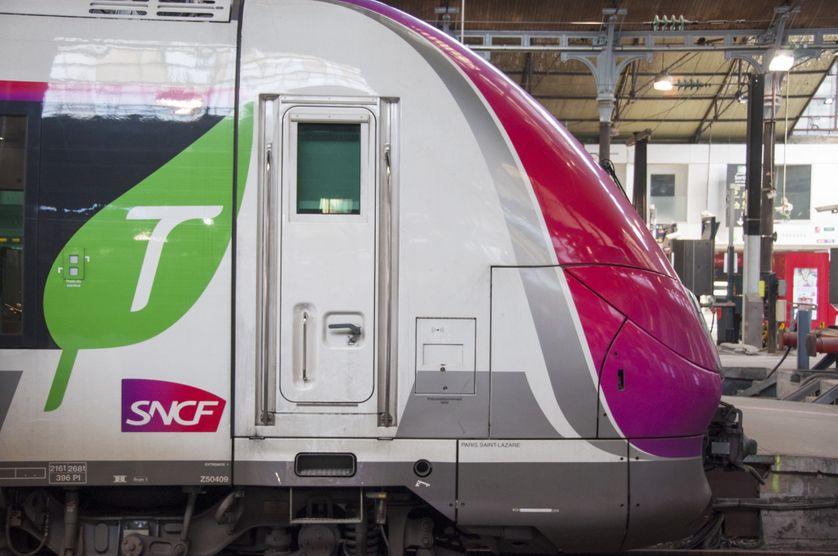 Un train Bombardier en gare de Saint Lazare à Paris, le 28 février 2017
