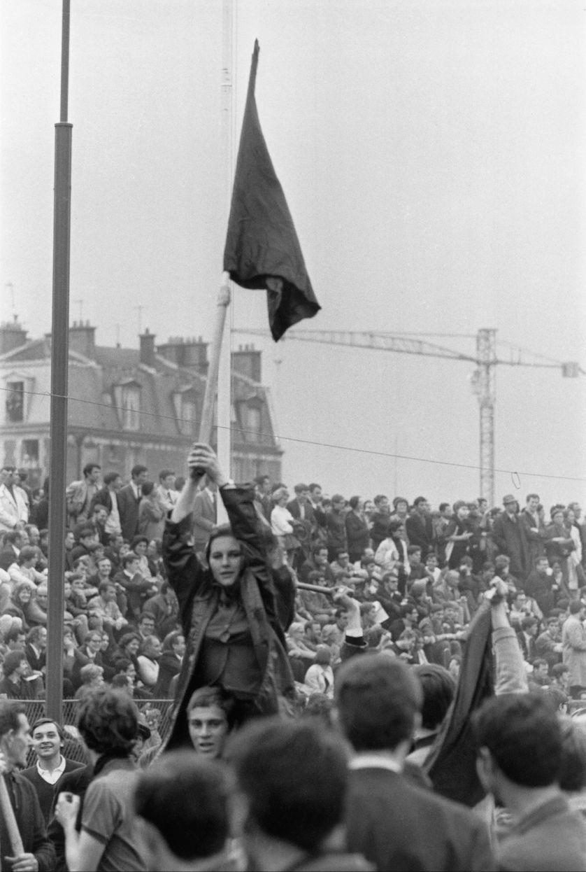 Autre Marianne, le 8 mai 1968 lors du meeting de l'UNEF au Stade Charlety à Paris