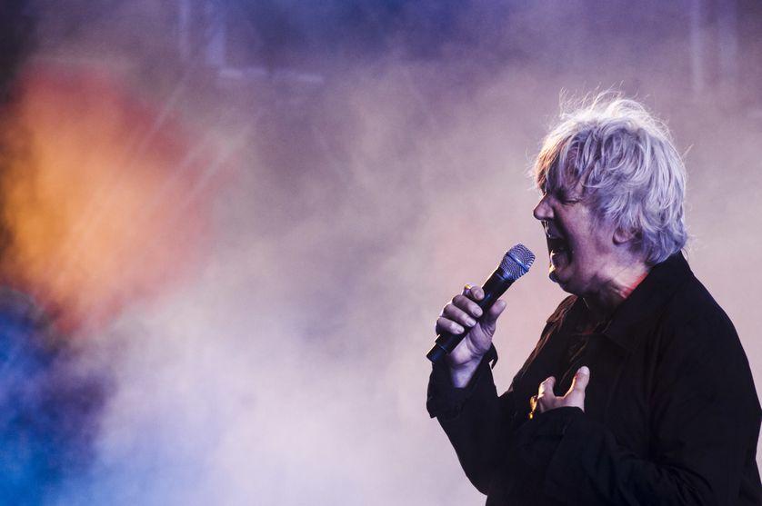 Le chanteur Jacques Higelin au Fnac Live festival à l'hôtel de ville à Paris, le 21 juillet 2013