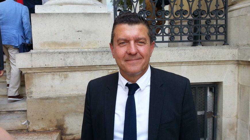Ardèche : Fabrice Brun est l'un des deux seuls députés LR à voter ...