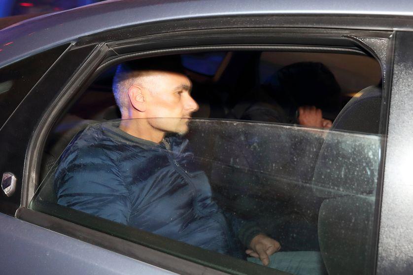 Un des suspects arrêtés arrivant au Palais de justice de la Valette le 5 décembre 2017