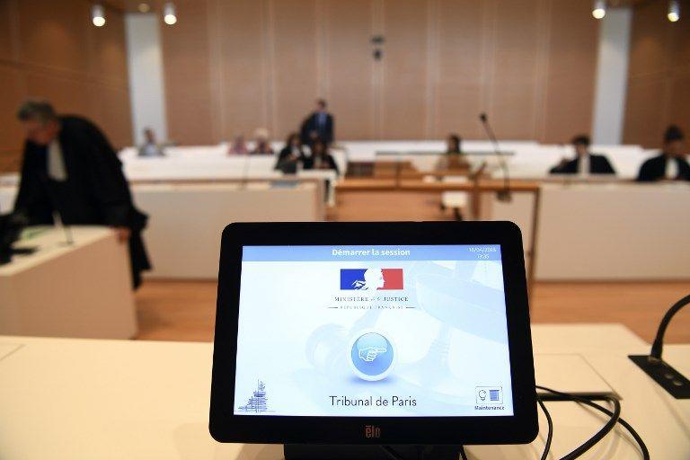 Les avocats se préparent pour une audition dans le nouveau Tribunal de Paris. (16/04/2018)
