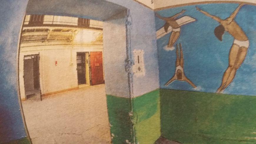 Dans l'ancienne maison d'arrêt, cette fresque peinte par des détenus il y a quelques années : incroyablement prémonitoire !